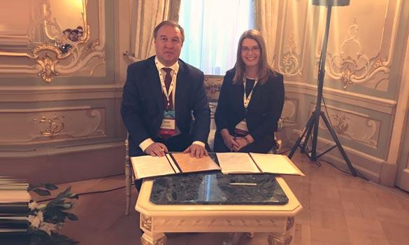 PharmaPharm и ФБУ «ГИЛС и НП» подписали соглашение о сотрудничестве