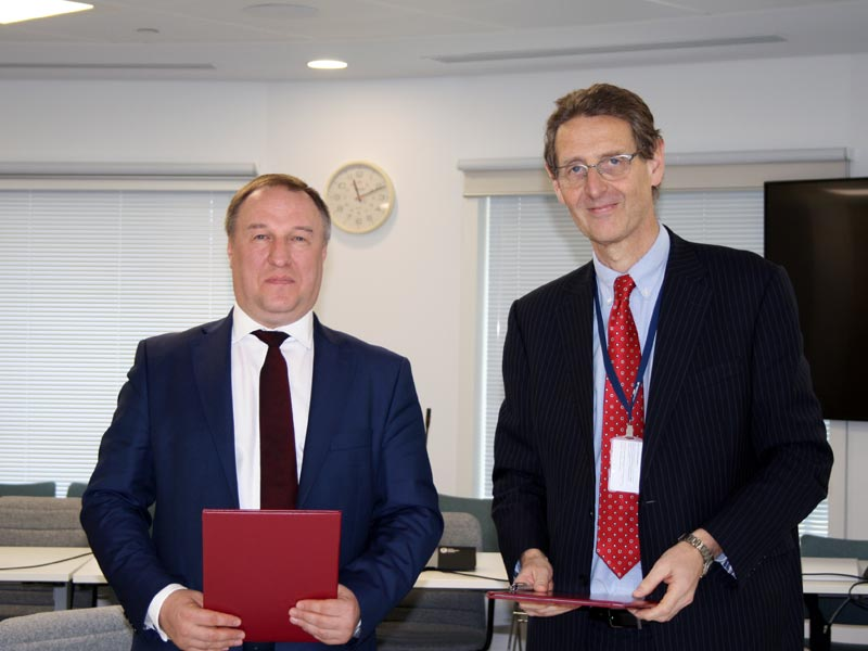 Russian and British regulators signed a Memorandum on Cooperation in carrying-out drug manufacture inspections